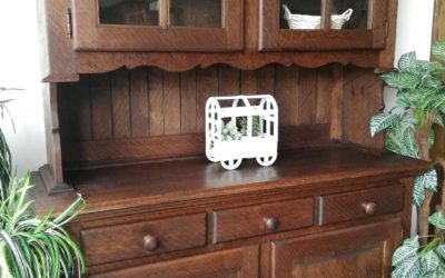 Alacena con 2 puertas vitrina y 2 puertas de madera más 3 cajones [1920002]