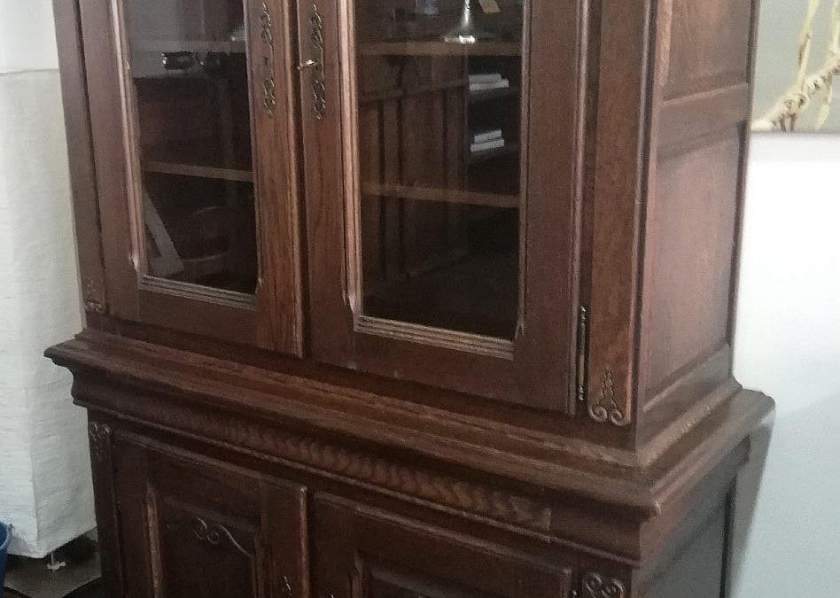 Vitrina con alto 2 puertas de cristal bajo 2 puertas de madera [1920051]